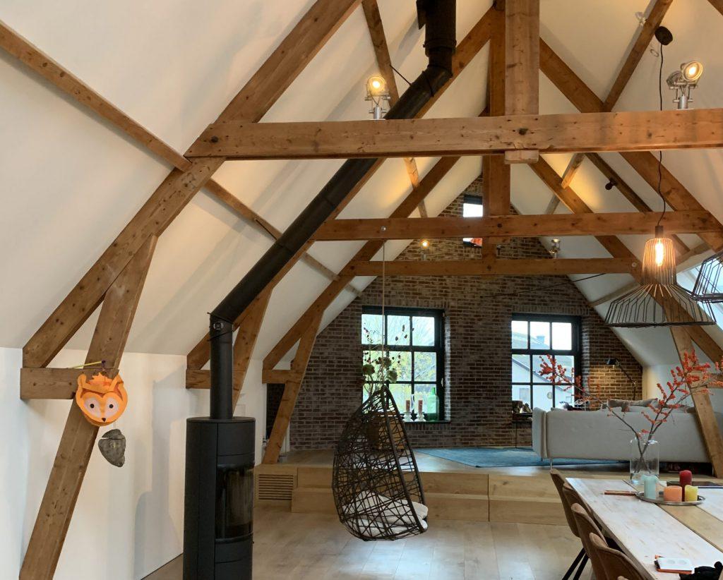 latex spuiten plafond zolder